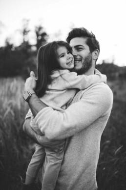 Nadja Morales hält die emotionalen Momente zwischen einem Vater und seiner Tochter fest.