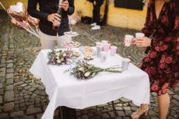 Nadja Morales fotografiert Details einer Hochzeit in Düsseldorf.